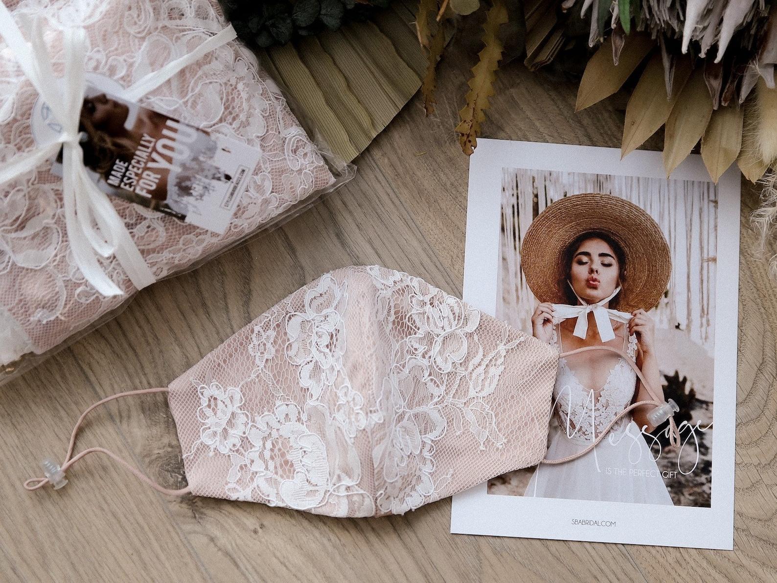 Brautmaske Rosa