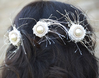 Wedding Gift - Set of 3, Bridal Hair Decoration Accessory | Feathered hair combs button fancy beaded hair pin gift for bride valentine