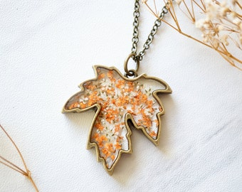 Real Pressed Flower and Resin Necklace Maple Leaf, Fall Florals, Fall Finds