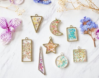 CUSTOM jewelry with your flowers! Real Pressed Flowers in Resin Necklaces and Earrings - Send us your flowers!
