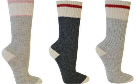 Apportez-moi un Cosmo - si si si vous pouvez lire que cette chaussettes - Cosmopolitan - cadeaux - nouveauté chaussettes 737dee