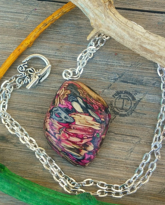 Vintage Metal Tumbleweed Necklace