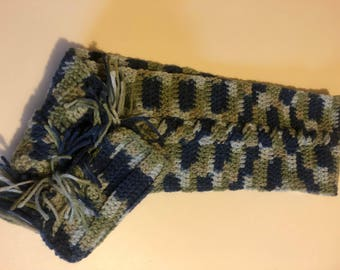 Cable stitch scarf