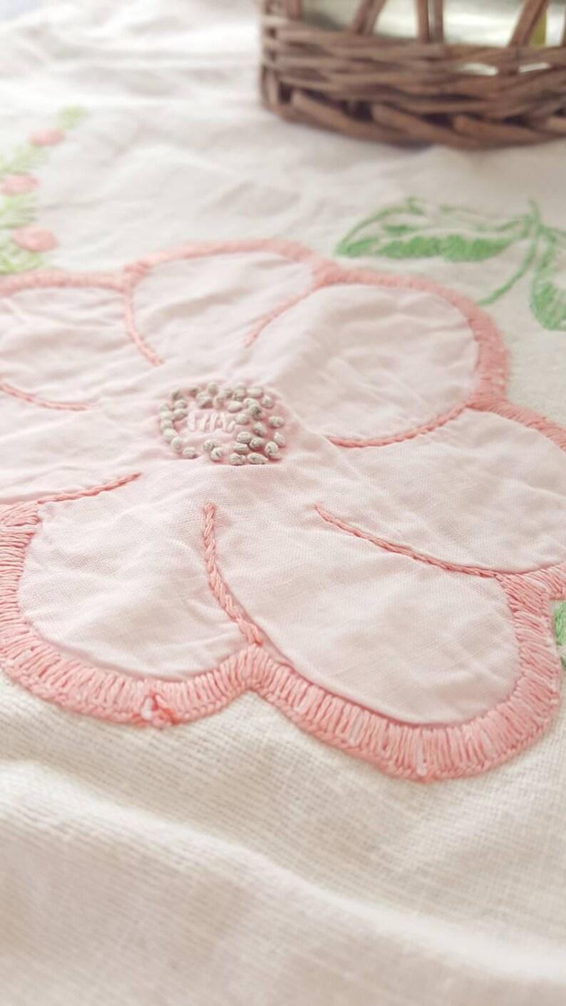 Vintage Table Runner Large Pink Flower