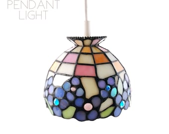 Vintage Stained Glass Style Pendant Light