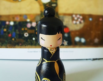 Kokeshi Peg doll wooden doll Handpainted inspired in Gustav Klimt in black