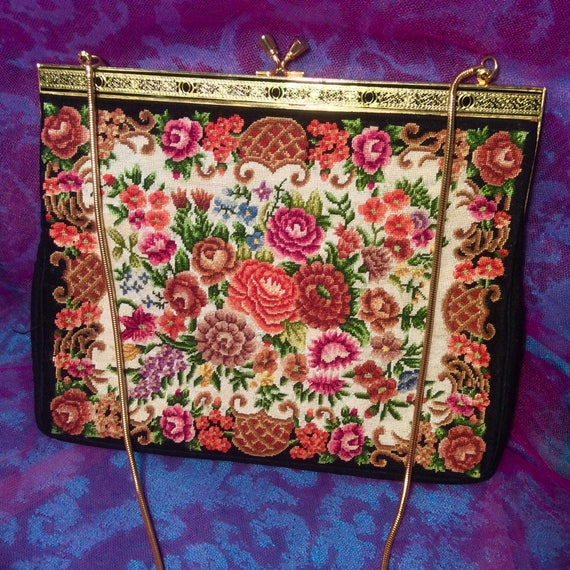 Dramatic Carpet Bag Fabric Purse - image 3