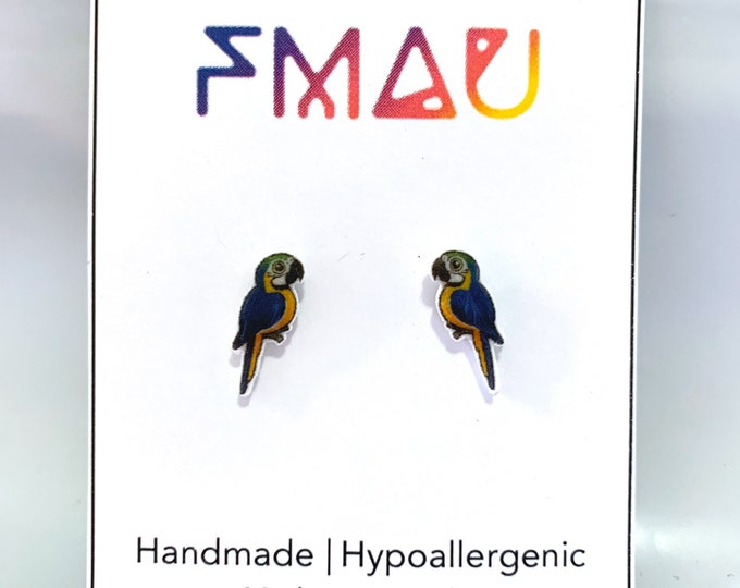 Blue-and-yellow macaw handmade hypoallergenic stud earrings free shipping bird gift