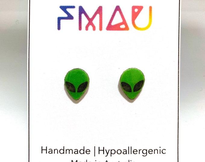 90's alien head handmade hypoallergenic earrings jewelry jewellery gift idea girl cute fun space  free shipping international