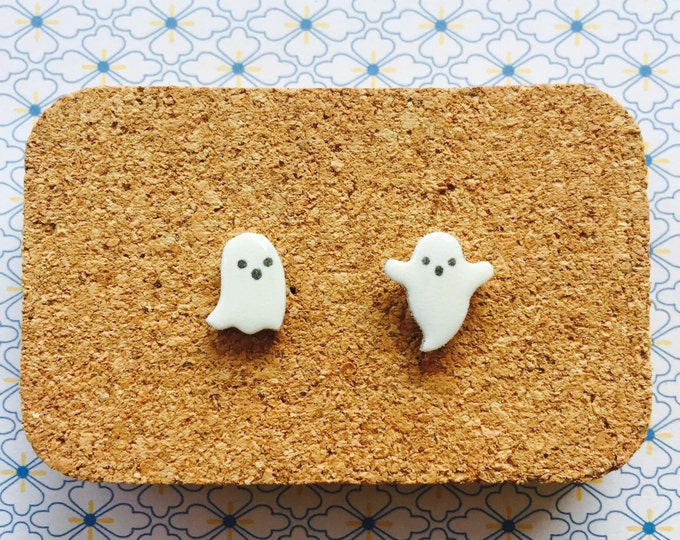 Spooky ghosts handmade hypoallergenic cute halloween stud earrings girl gift scary phantom  free shipping international