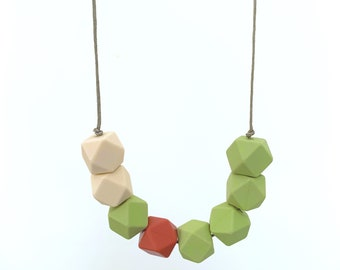 Heart of the Bush  necklace   feeder silicone BPA free