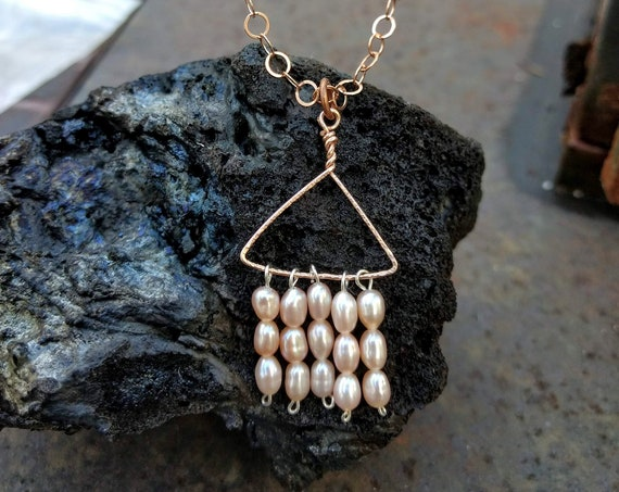 Rosegold Necklace with Pale Pink Freshwater Pearls