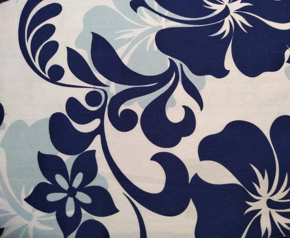 Hawaiian Print With Navy, Lt. Blue and White Adjustable Mask with Nosewire!