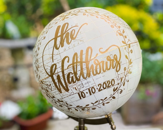 Wreath Wedding Guest Globe / Custom Wedding Guestbook Globe w/ Calligraphy and hand drawn wreath design  / Wedding Guestbook / Globe