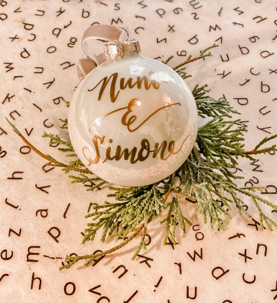 White Polar Pearl Glass Christmas Ornament - Customized w/names/saying/2 sizes - Perfect for Christmas gifts or for your own Christmas tree