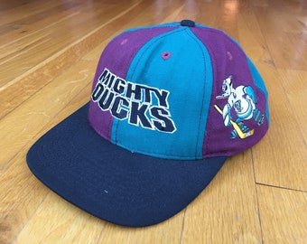 Vintage Mighty Ducks hat 90s Mighty ducks cap anaheim mighty ducks snapback  california ice hockey disney mighty ducks NHL pinwheel two tone 7cc2311f4c81