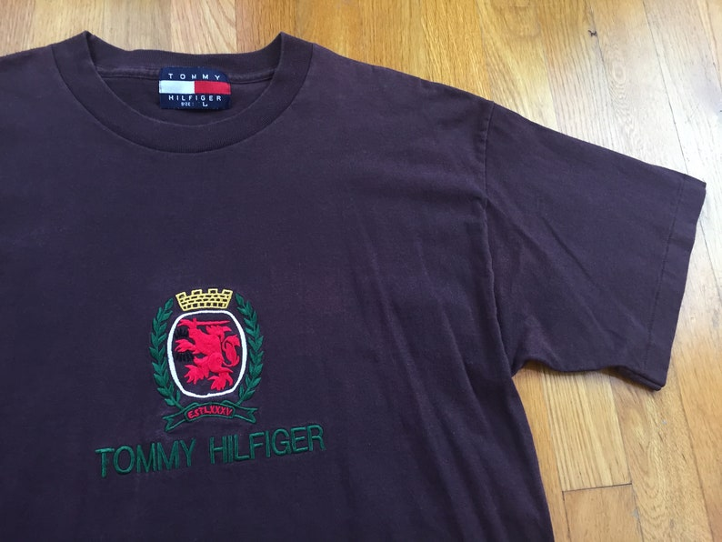 dac723f9e676a Vintage Tommy Hilfiger shirt 90s tommy hilfiger t-shirt tommy bootleg  hilfiger bootleg tommy hilfiger crest tommy embroidered tommy shirt