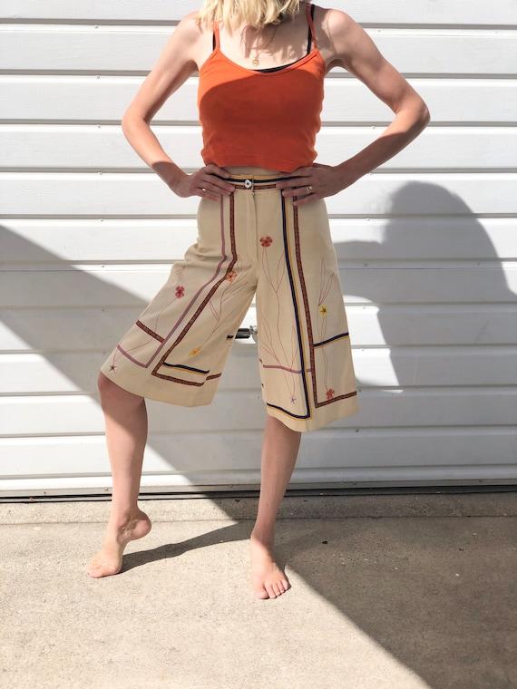 Rare Vintage Culottes skirt pants appliqué with ri