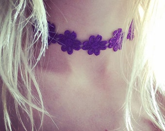 Purple hippie flower choker, boho choker, hippie choker, boho necklace, beach wear, flower jewelry, flower jewellery