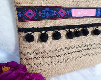 Pouch in Burlap and tassels
