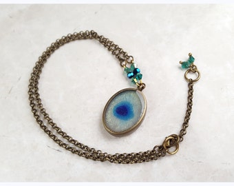 Evil Eye jewelry pendant Blue eye resin necklace, Eye pendant Necklace, gift for niece, gift for girlfriend, handmade, beaded necklace