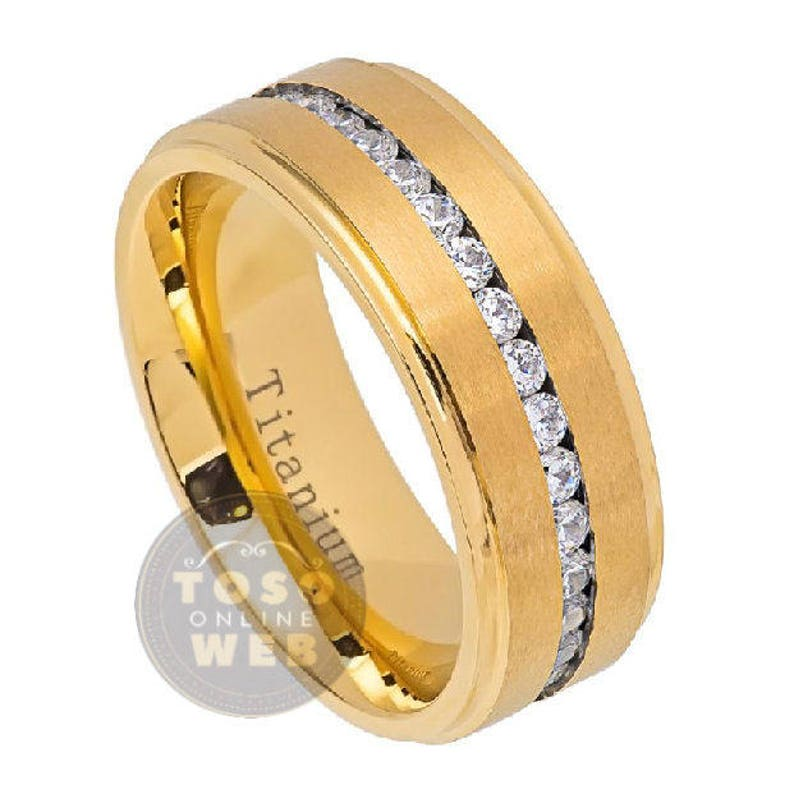 Comfort Fit Wedding Band Ti5862 Men/'s 8mm Stepped Edge Polish Yellow Gold IP Titanium Wedding Band Ring w CZ Stones over Brushed Center