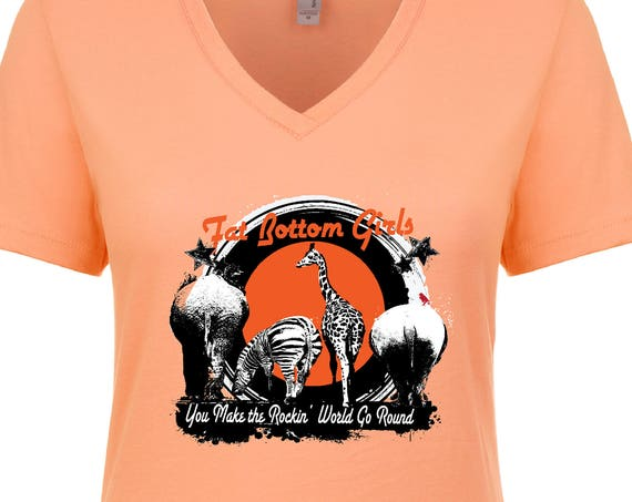 Fat Bottom Girls : V-NECK Tshirt