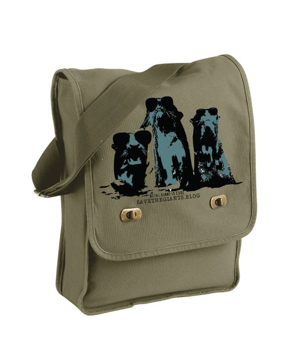 Being Giant is Cool -Messenger Bag - Giant Otters