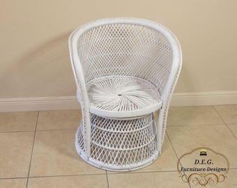 White Peacock Wicker Rattan Fan Vintage Chair