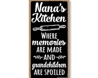 Wall Art 5 x 10 inch Hanging Signs Granny/'s S**t List Decorative Wood...