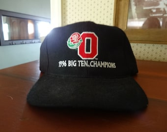 differently df0d2 1424c New w  Tag Ohio State University Rose Bowl 1996 Big Ten Lee Sport Champions  Black Fabric Ball Cap Hat