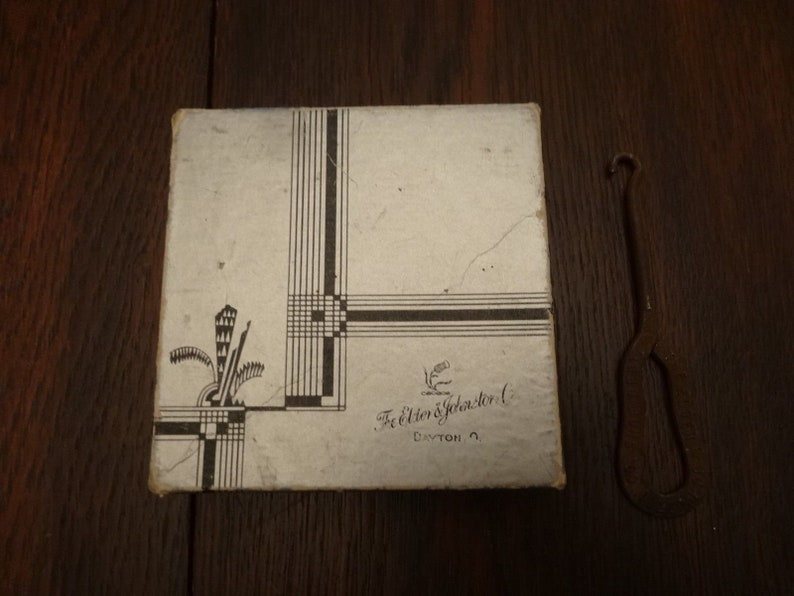Antique Elder (Beerman) Johnston Co  Department Store Dayton OH Box/Shoe  Hook history