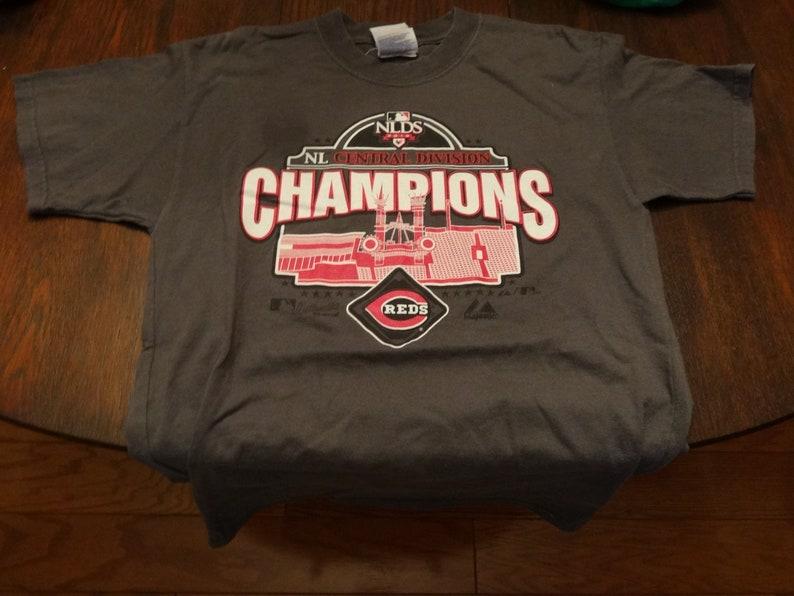 Cincinnati Ohio Reds Champions NLDS Baseball MLB Gray Men's Large Short  Sleeve T-Shirt