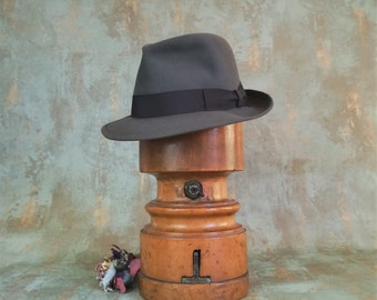 c32c81c788adf Borsalino hat. Fedora. Gray Vintage from the 80s. Never used. Size 56. US 7.  Unique piece