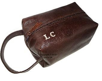 2c8a0b965e English Leather Wash bag Handmade monogrammed by LOTHS UK wash bag  toiletries bag travel bag dopp kit