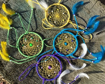 Dream Catcher / How to make a Dream Catcher / Choose your favorite color / Make your own Dream Catcher / Craft kit