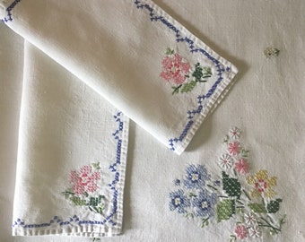 Vintage Cross-Stitch Square Linen Tablecloth with Napkins