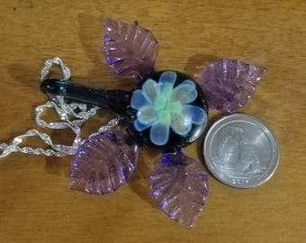 Hand made purple leaf flower boro glass pendant