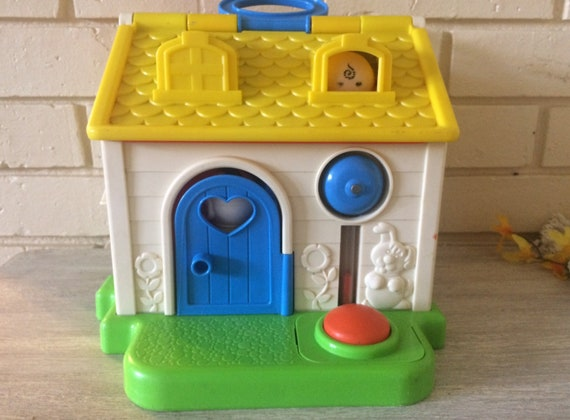 Vintage Fisher Price Toys Fb Cottage House Toys And Games Little People House Pretend Play