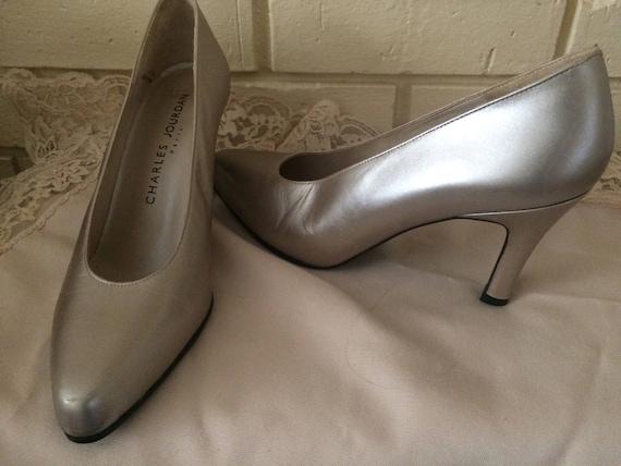 Vintage shoes,Charles Jourdan dress shoes, pale go