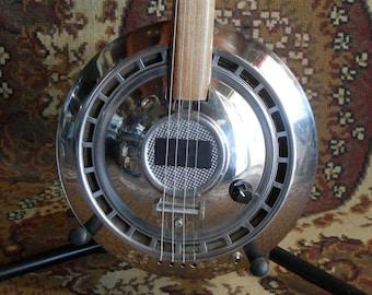 4 Stringed Hub-Cap Slide Guitar