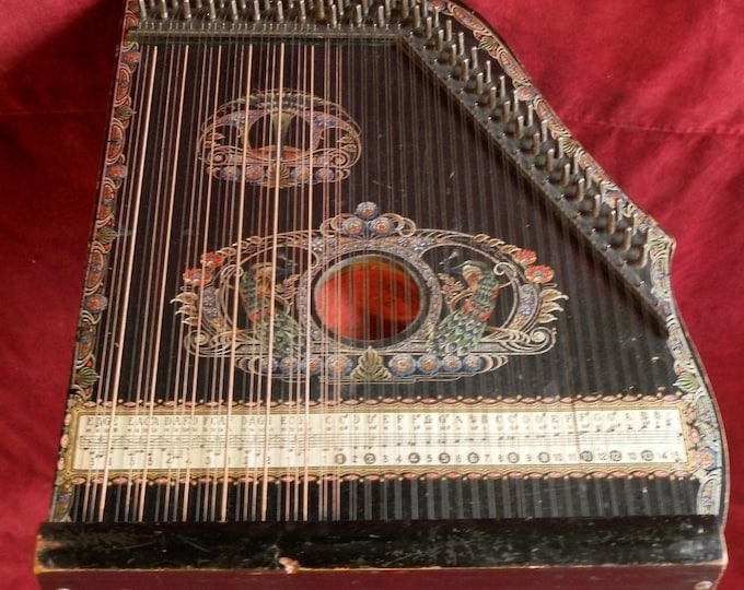 Mandolin Concert Zither, 74 strings.