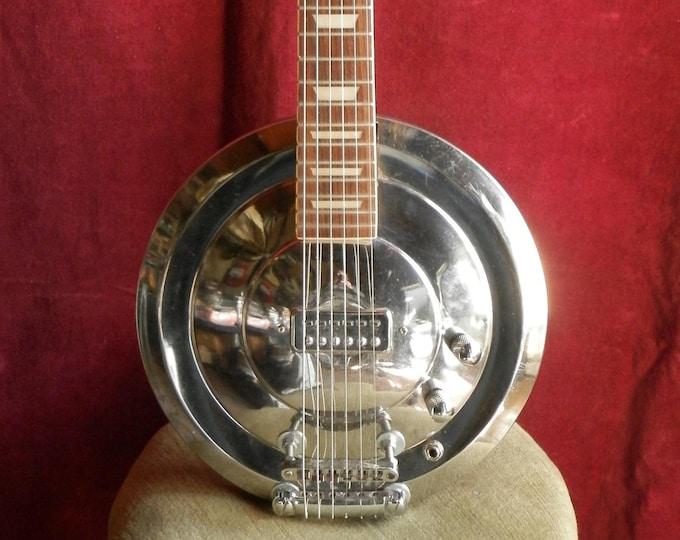 6 String Hub-Cap Guitar