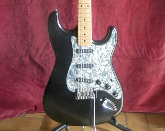 STAGG electric guitar, Strat copy.
