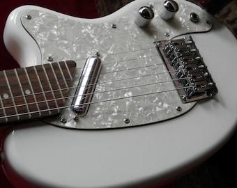 """Risa Electric """"Bean"""" Guitar"""