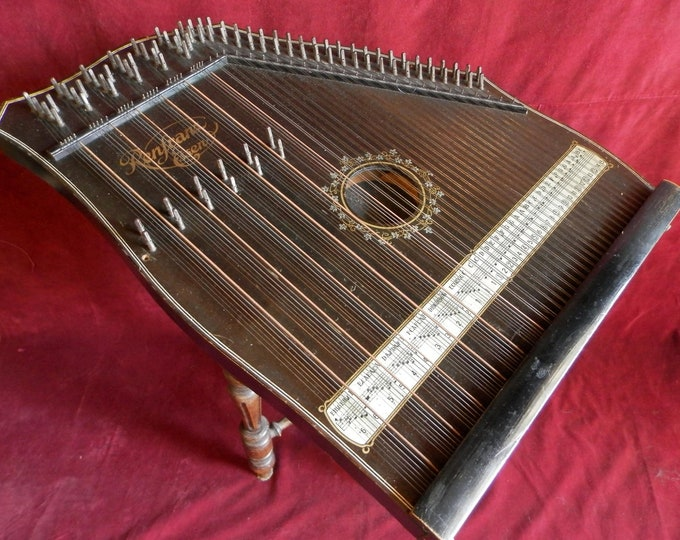 Mandolin Chord Zither. 92 Strings