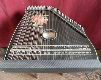 6 Chord Guitar Zither by Musima