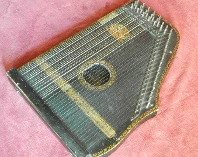 Guitar Zither 1910