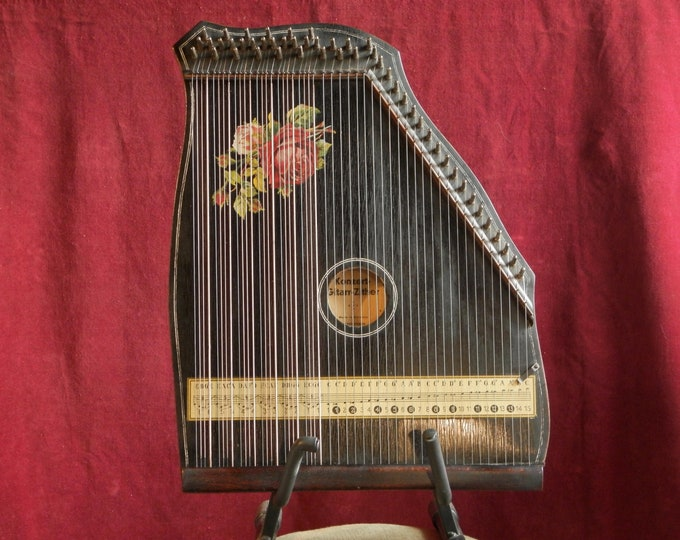 6 Chord Guitar Zither by Fomen
