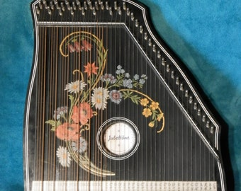 Guitar Zither by Jubeltone